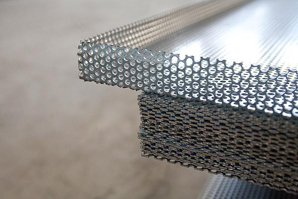 Perforert aluminiumsplate